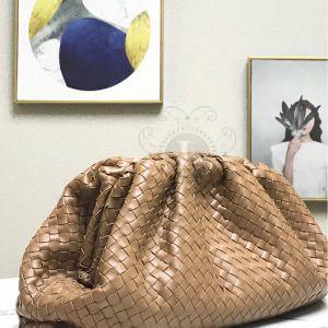 Replica Bottega Veneta The Pouch Biege Woven Clutch