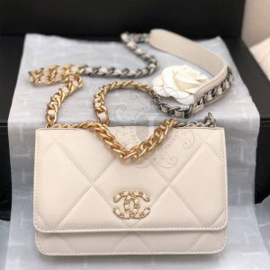 Replica Chanel 19 Wallet on Chain Bag Biege