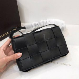 Replica Bottega Veneta Cassette Bag Intreccio